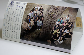 2008 Calendar featuring a colour photograph of the 2007 graduating BOptom class of the University of Melbourne